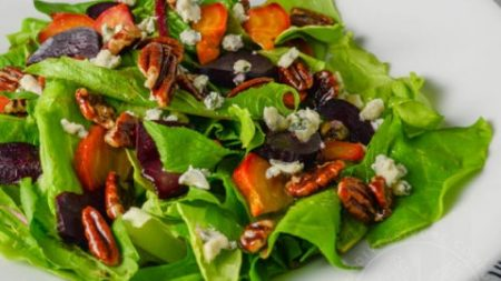 Dandelion-Salad-with-Blue-Cheese-Beets-and-Maple-Candied-Pecans-mobile-banner-480×270